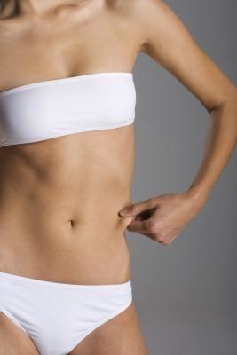 M Cómo eliminar la terrible grasa de la barriga y tener un abdomen marcado de inmediato | LIVESTRONG.COM en Español