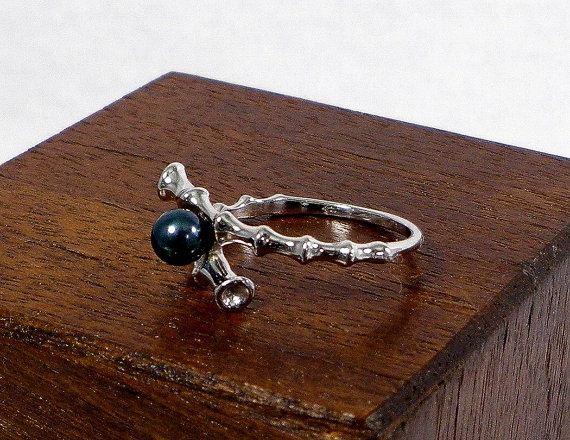 14K White Gold and Black Pearl Bamboo Style Ring - Clearance Item - Sale Price, $212.00
