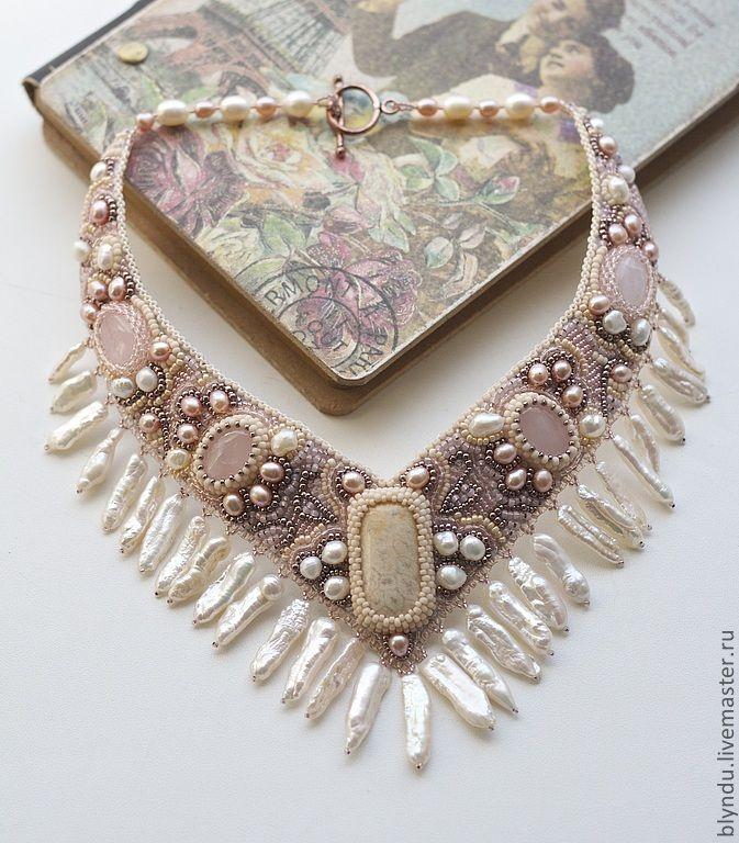 """Купить Колье """"Анемон"""" - кремовый, розовый, песочный, коралловый, анемон, колье, свадьба, свадебное украшение"""