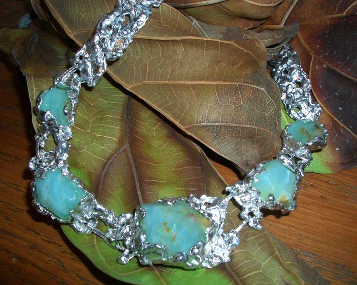 Girocollo in argento e opale.