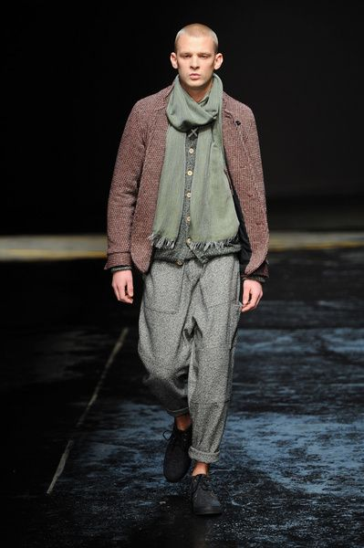 London FW FW 2014/15 – Oliver Spencer See all the catwalk on: http://www.bookmoda.com/sfilate/london-fw-fw-201415-oliver-spencer/  #london #fall #winter #catwalk #menfashion #man #fashion #style #look #collection
