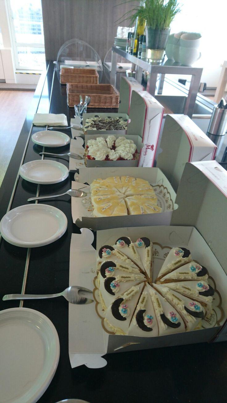1ste maandag van de maand gebak eten bij Coosto!