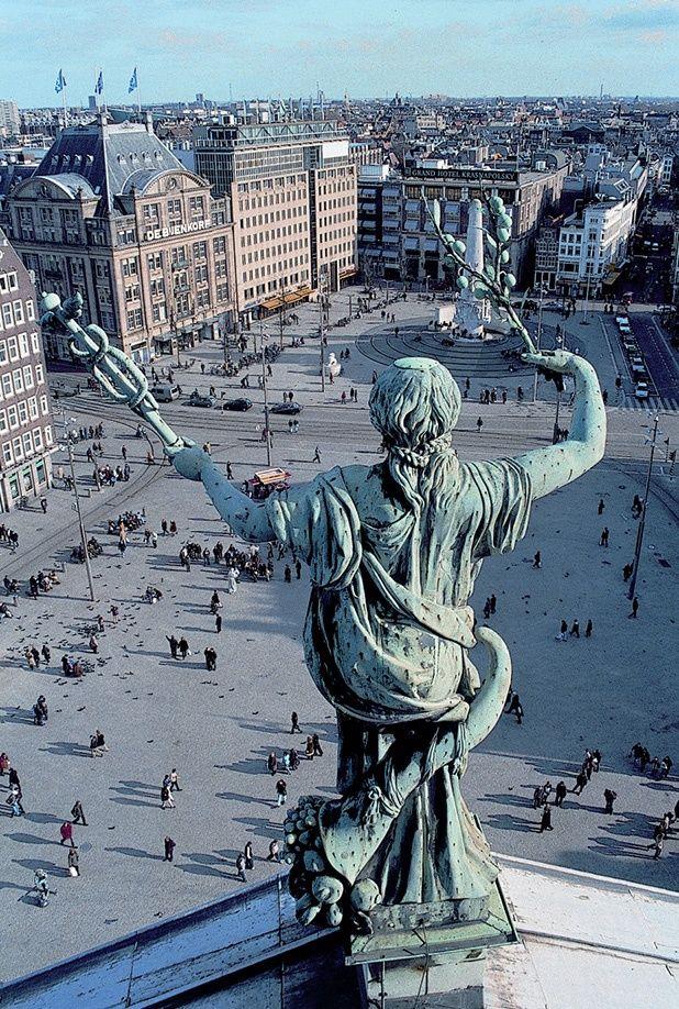 Amsterdam city square   #blueprint #Netherlands http://www.blueprinteyewear.com/