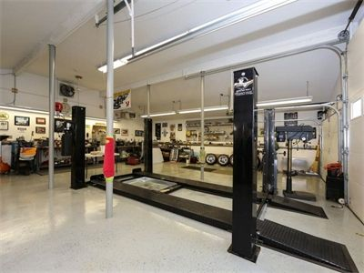 dream garage with car lift and mechanics pit in wall nj handy work spaces pinterest yes i. Black Bedroom Furniture Sets. Home Design Ideas