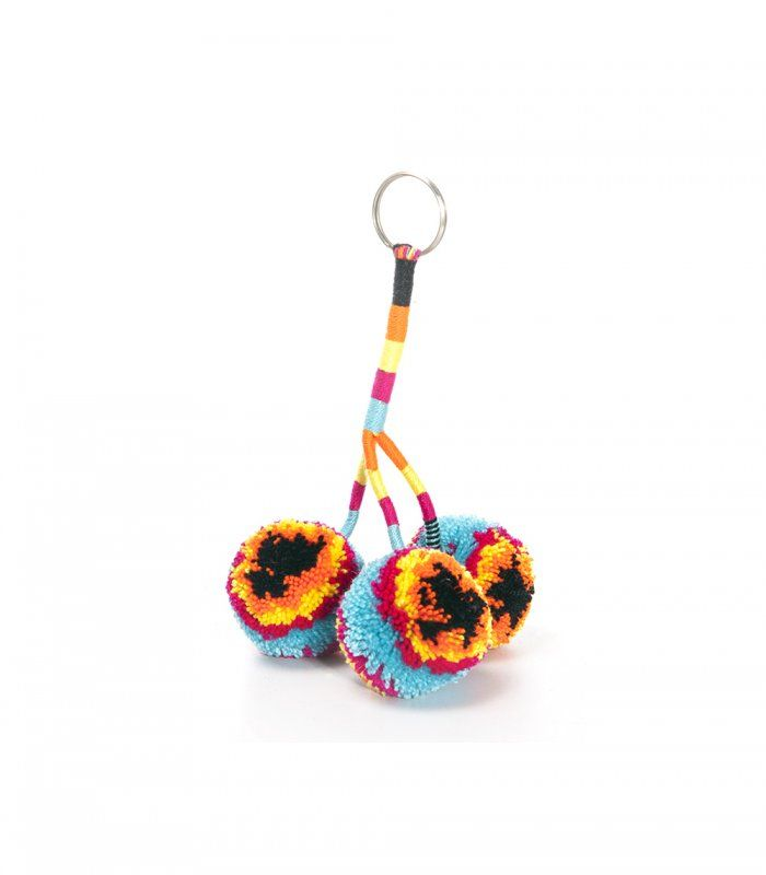 wayuu pompoms cool summer stuff more colour for my daily life please summer forever Summer time, easy living, friends, family, sun, sunshine, sea, beach, flowers, markets, street life, social, kids, swimming, gusto, summer photos, photo