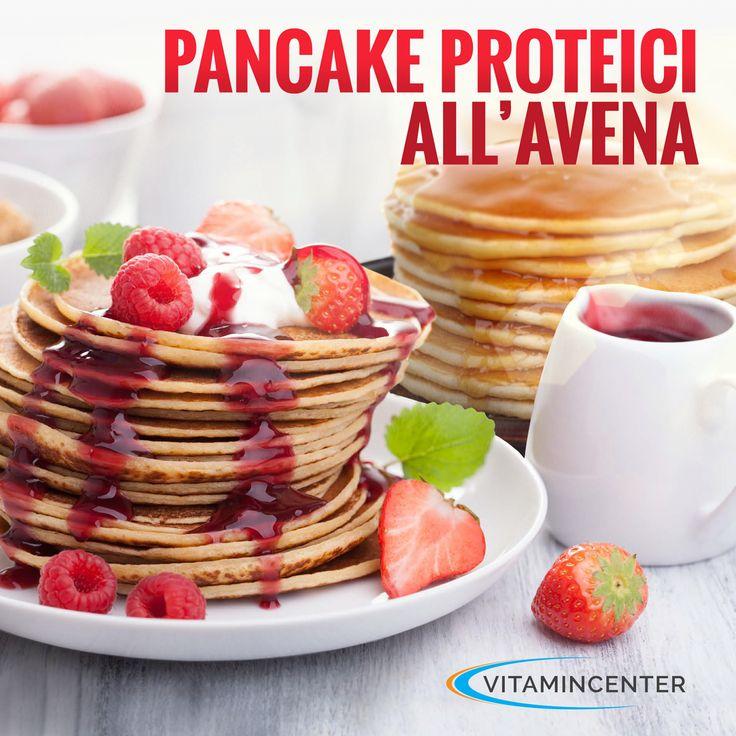 Al cioccolato o al cocco, con sciroppo d'acero o marmellata: fate il pieno di proteine con i nostri golosi Pancakes all'Avena! => Leggi la ricetta sul nostro VitaminBlog! #ricette #pancakes #fitness #bodybuilding #avena #proteine