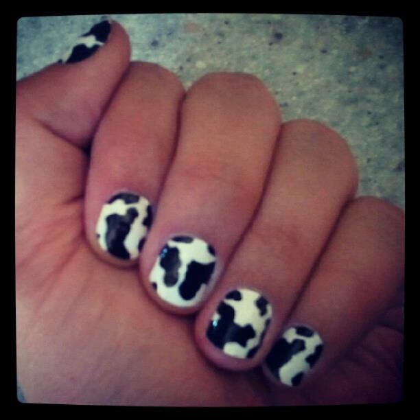 Nail Cake Blue Black Splodges Cow Print