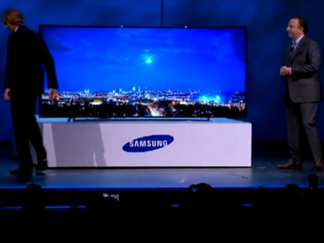 Michael Bay walks off stage during Samsung Curved UHD TV event at CES 2014 | NDTV Gadgets