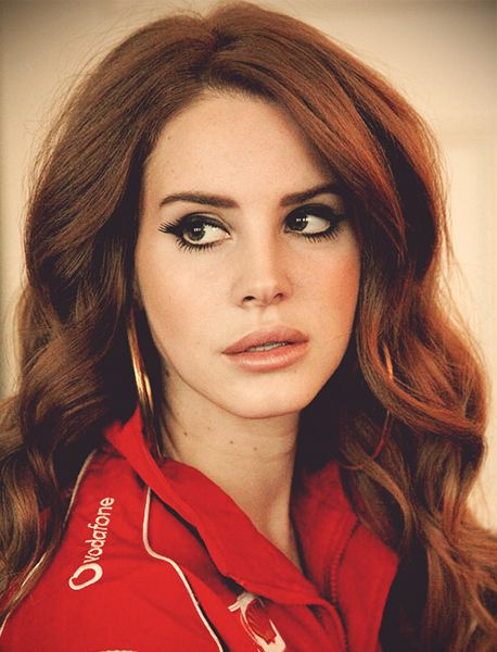 Lana Del Rey - BEAUTIFUL HAIR COLOR