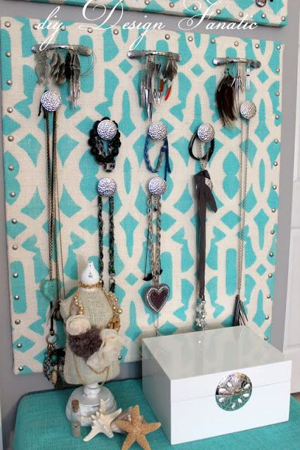 How to make a stenciled jewelry organizer