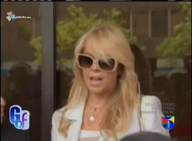 Arrestan La Madre De Lindsay Lohan Por Manejar Borracha #Video