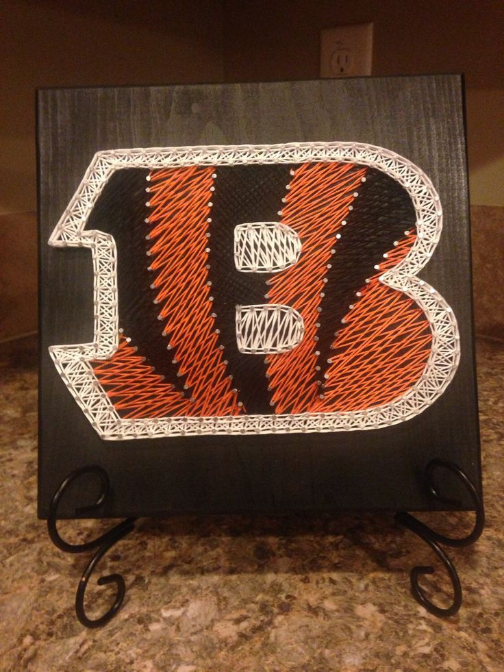 String art Cincinnati Bengals logo by my2heARTstrings on Etsy https://www.etsy.com/listing/229250597/string-art-cincinnati-bengals-logo