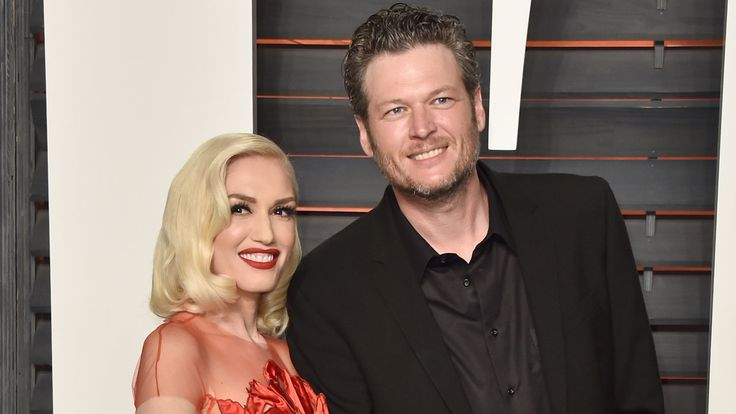Gwen Stefani and Blake Shelton can't stop with the PDA.