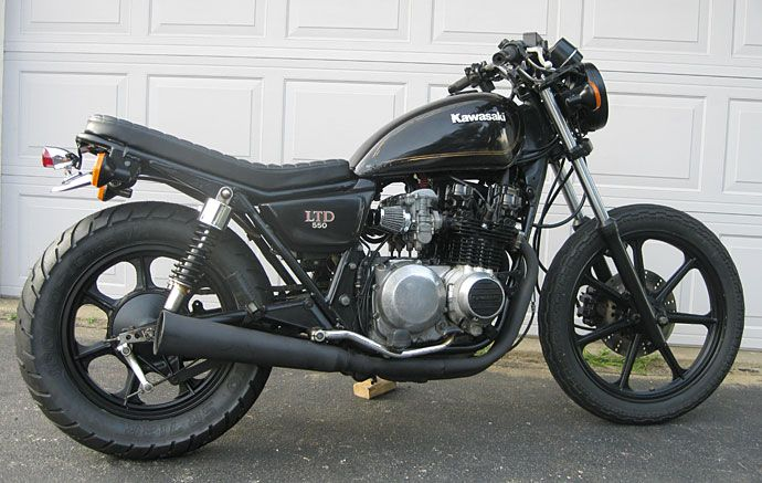 1982 KZ550LTD simple modifications go a long way to de-goofing the bike from it's 80's rediculousness.