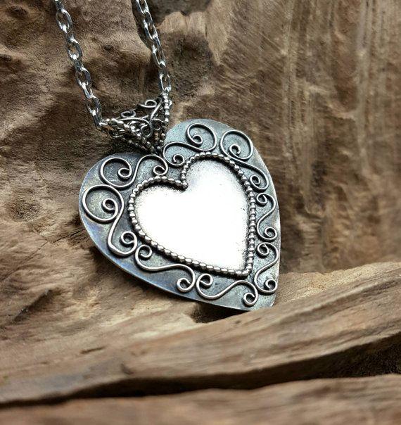 gevulde hanger zilveren hangertje hart hanger van Jewe11ery op Etsy