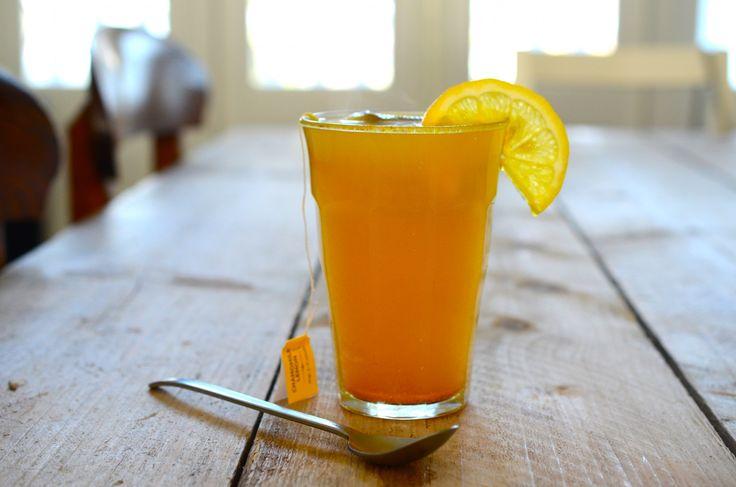 Probeer iedere avond te eindigen met een feel good drink. Binnen slechts één week zal de huid er mooier uitzien en zal je overdag meer energie hebben.