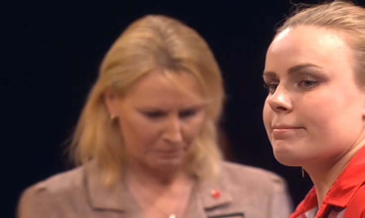 Anastasia Dobromyslova (Rus) 2-1 Trina Gulliver (Eng) - Darts Semi Final 2013