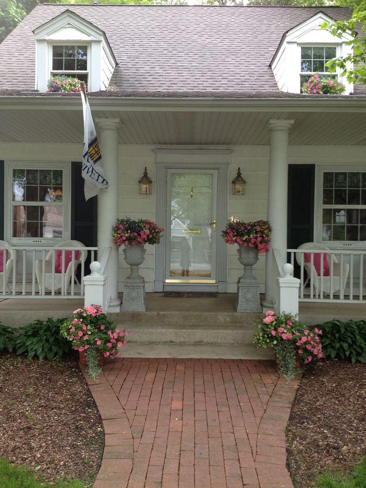 Front Porch Spring Urns In The Garden Pinterest