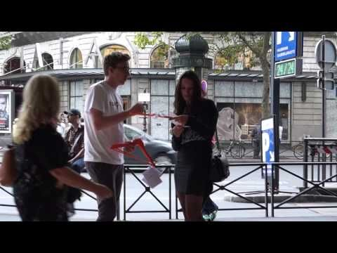 Pojechaliśmy aż do Paryża aby w światowej stolicy mody zaprezentować naszą aplikację TopTof. Nie wyobrażamy sobie lepszego miejsca na promocję aplikacji w której zaczyna się moda :)  Zobaczcie sami co wydarzyło się w Paryżu.