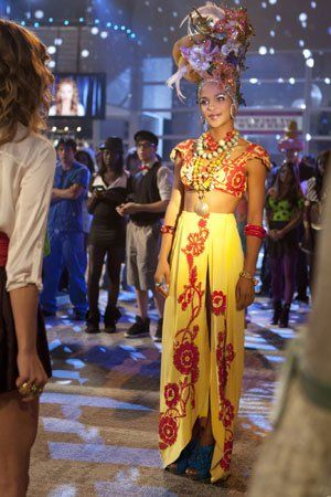 Pin for Later: The Best TV Character Halloween Costumes 90210: Holly Holly channels Chiquita Banana in an elaborate costume and headdress.