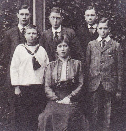 A rare photo showing all of King George V and Queen Mary's children in the later childhood or teens. Back row : Prince Albert, Prince Edward and Prince Henry; front row : Prince John, Princess Mary and Prince George.