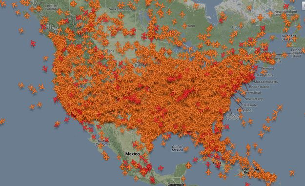 This Map Of Planes In The Air Right Now For Thanksgiving Will Blow Your Mind