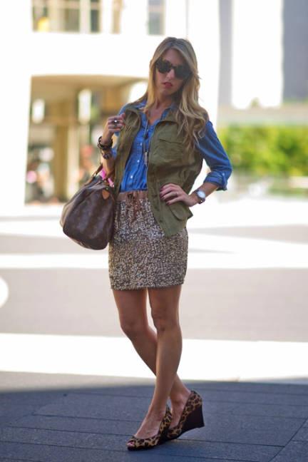 Lynzy Carey wears an Old Navy vest, H shirt, J.Crew skirt, Louis Vuitton bag, and Karen Wester sunglasses.