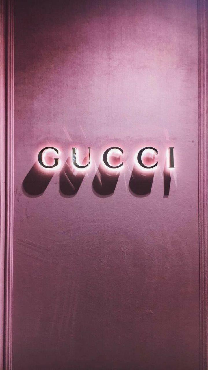 Image About Pink In Gucci By Call Me Mrs Anxaa Image Decouverte Par Zoe Decouvrez Et Enre Pink Wallpaper Iphone Aesthetic Iphone Wallpaper Fashion Wallpaper
