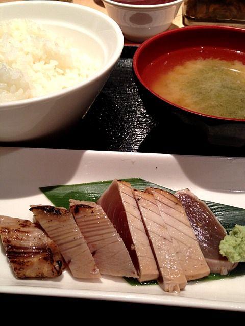 レシピとお料理がひらめくSnapDish - 8件のもぐもぐ - マグロぶつ(っていうか、タタキやん?)@さくら水産 by Takashi H.