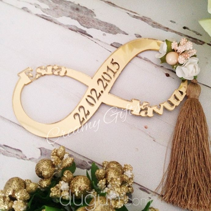Creamy Gifts - D270336