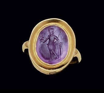 A ROMAN AMETHYST RINGSTONE  CIRCA 1ST-2ND CENTURY A.D.