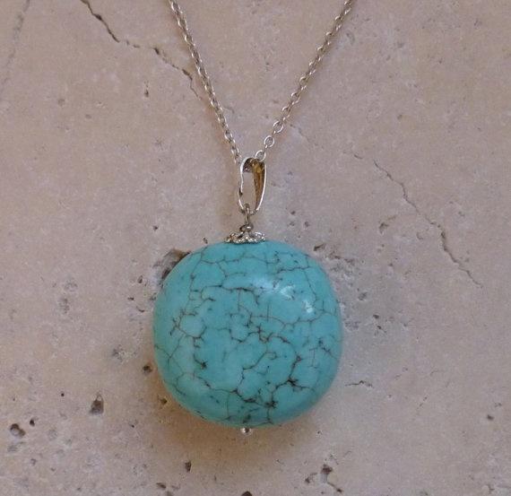 Turquoise necklace by ShawlsandtheCity on Etsy, $18.00