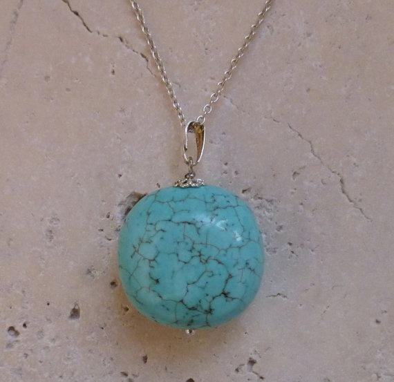 Turquoise necklace by ShawlsandtheCity on Etsy, $18.00