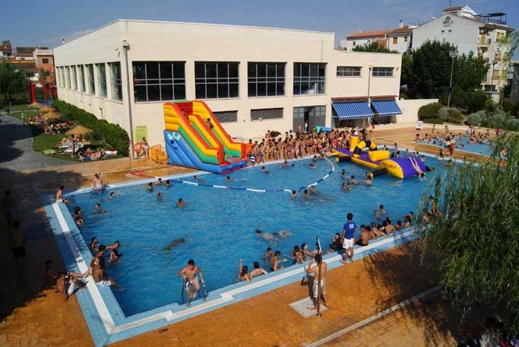 M s de 25 ideas incre bles sobre fiestas en la piscina en for Piscina municipal de granada