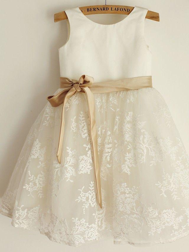 Princess Knee-length Flower Girl Dress - Lace/Satin Sleeveless - GBP £38.49