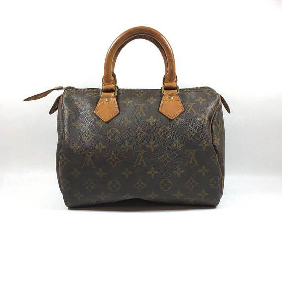 $289 Authentic Louis Vuitton bag. Louis Vuitton Speedy 25 bag.