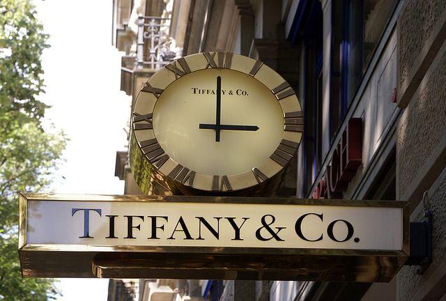 Tiffany, Bvlgari, Hermes, skutočne najlepší návrhári šperkov na svete :) https://www.moloko.sk/perlicky/rady-a-tipy/najlepsi-navrhari-sperkov-na-svete-poznate-ich