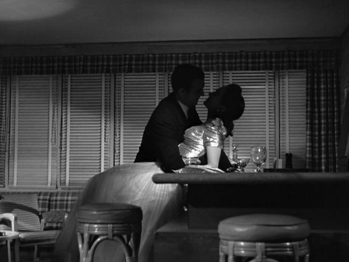 Mildred Pierce (Michael Curtiz, 1945) - Director of Photography: Ernest Haller