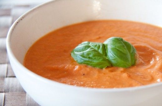vegane Tomatensuppe mit Rösttomaten - soll SEHR lecker schmecken!