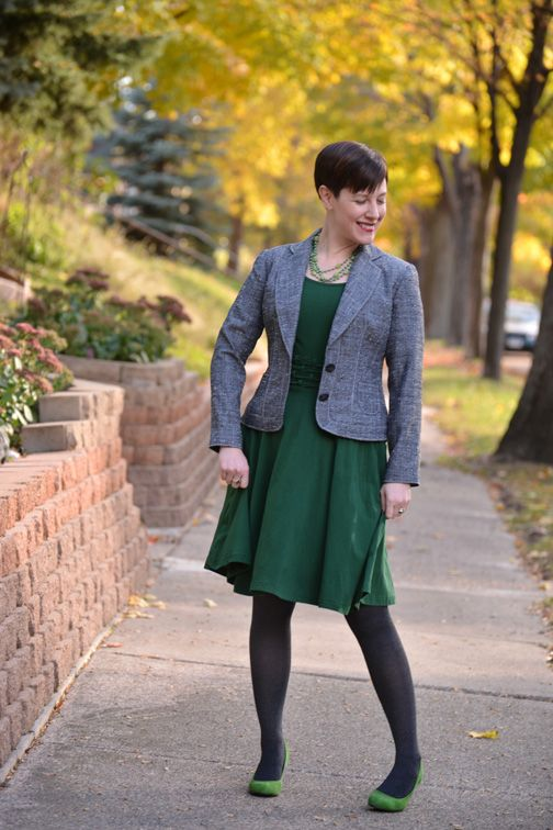 63 best images about My Style - Looks with Tights on Pinterest | Burgundy Pump and Tights