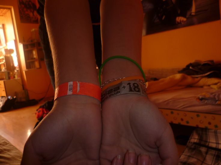 hands, girl, me, tickets, bracelets, birthday, concert, party, Vráble (Slovakia)