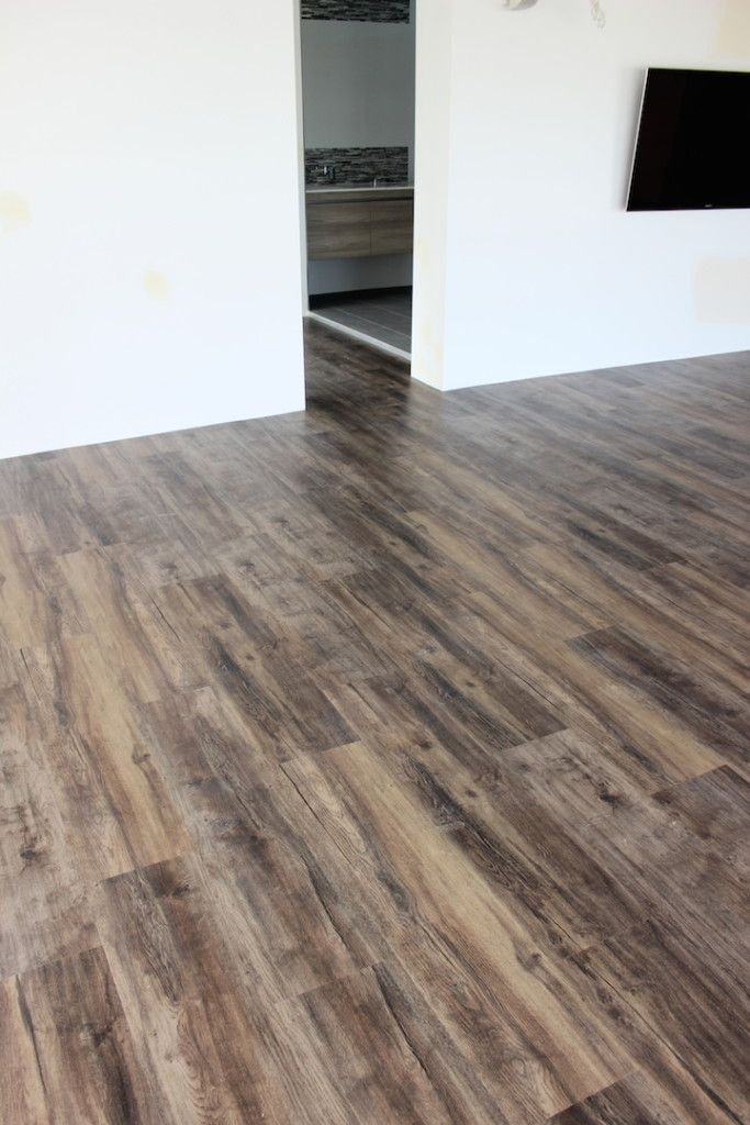 how to cut loose lay karndean flooring