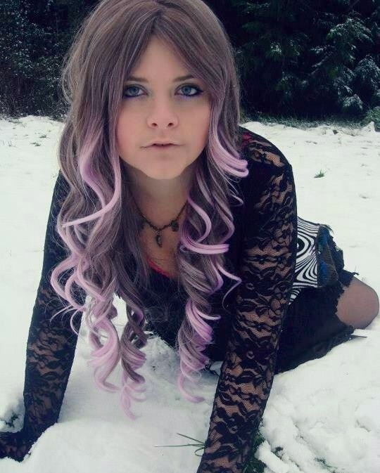 Hair chalk # hair #fashion #hairchalk #purplehair #purpleombre #ombre