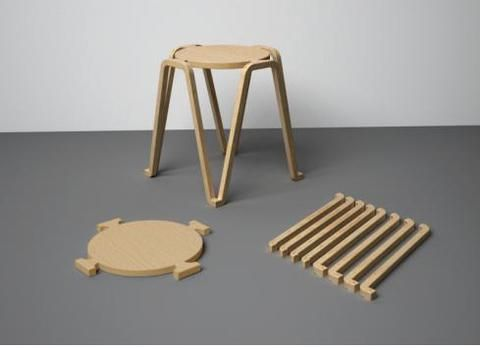 Top image:Pod, open source stool, by Samuel Javelle.Article cross-posted from MakingSociety. Open source furniture design is popping up these days. Open Design means mainly two things: documentation is shared freely so that users can make their own models, furnitures are made with digital fabrication and can be reproduce in a makerspace or FabLab.