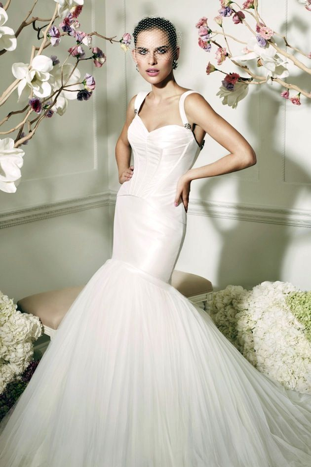 Zac Posen Wedding Dress #AisleStyle #HelzbergDiamonds
