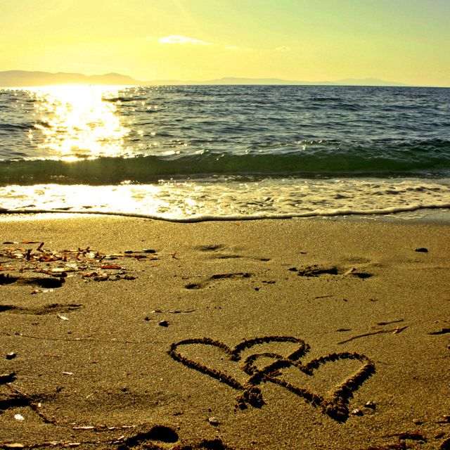 Live. Hope. BelievePretty Scenery, Photos Ideas, Sunsets Sea, Summer Pictures, Beach Sunsets Pictures, Beach レ, Beach Life, Sands Heart, Beach Heart