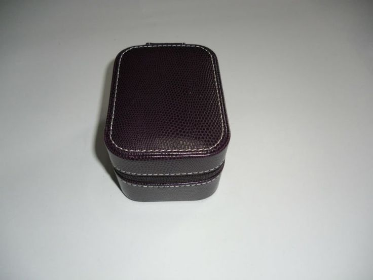 Rectangle Purple Leather Watch Box With Zipper - Buy Watch Box,Watch Box With Pillow,Single Watch Boxes Product on Alibaba.com