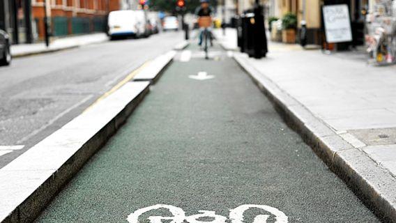 Découvrez les plus belles pistes cyclables du Québec. En famille, en groupe de vélo de route ou seul, il y en a dans toutes les régions.