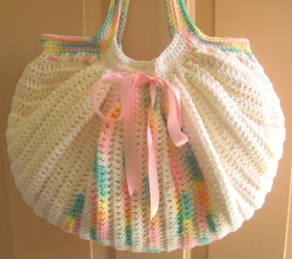 Free Crochet Pattern Fat Bottom Bag : 239 best images about BAGS, FAT BOTTOM on Pinterest ...