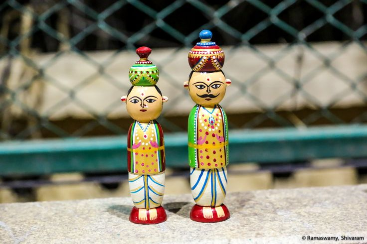 Shining King-Queen dolls of Channapatna #PurpleJug #Channapatna #channapatnadolls #lovefordolls  https://www.facebook.com/Pu…